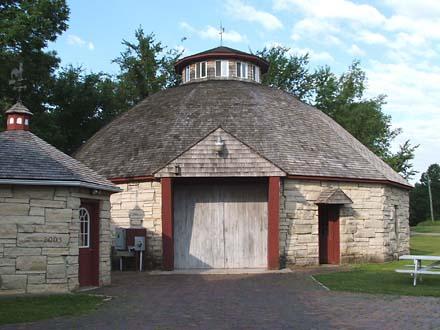 round barn, Solon Iowa