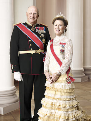king harald, queen sonja, norway royalty