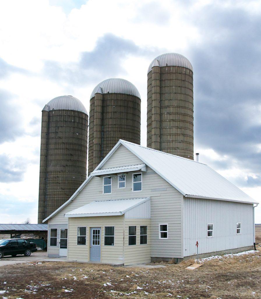 corn crib house