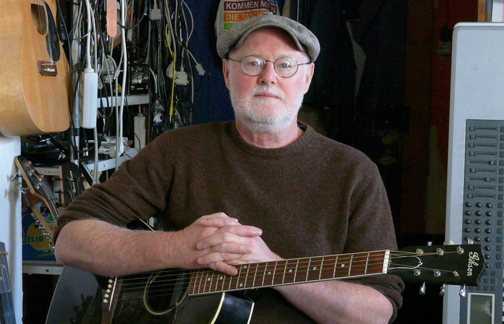 Dan Reeder Finding The Extraordinary In Everyday Life Iowa Source